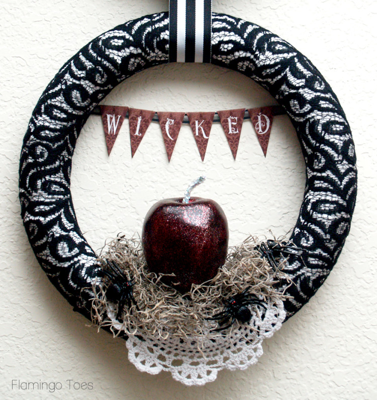 Wicked Apple Wreath. *Photo courtesy of Flamingo Toes